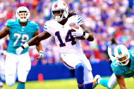 Week 3 Fantasy Football: Buy or Sell Targets at Ev…