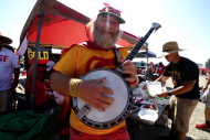 Being Banjo Man, the San Francisco 49ers' Super Fan