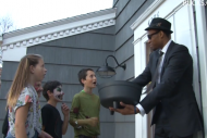 Jabari Parker Wears 'Blues Brothers' Costume, Surp…