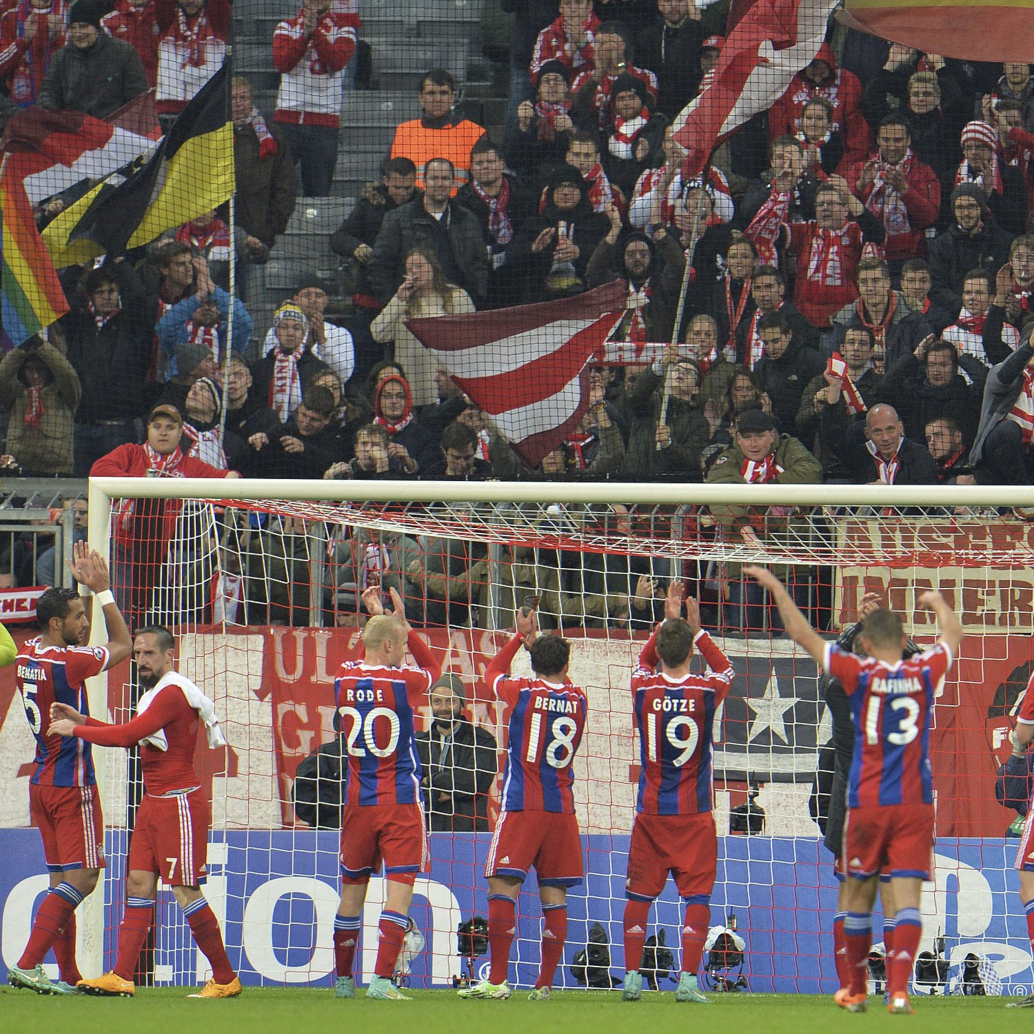 Liverpool 4 0 Borussia Dortmund Match Report Philippe: Champions League Tables 2014: Updated Group Standings
