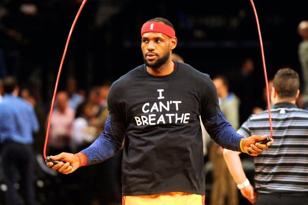 LeBron James, Kyrie Irving, More Wear 'I Can't Breathe' Shirts Before Cavs-Nets