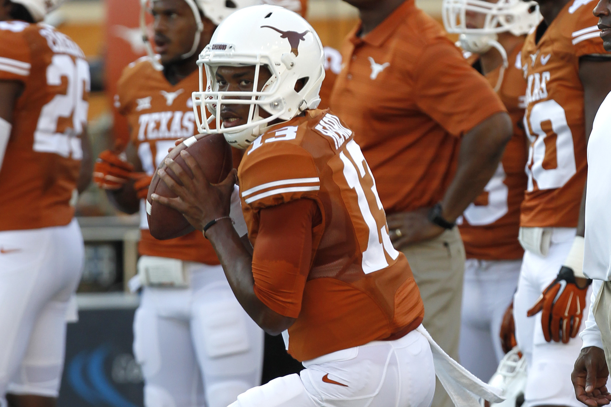 Texas Football: Early Look at Longhorns' 2015 RosterRelated