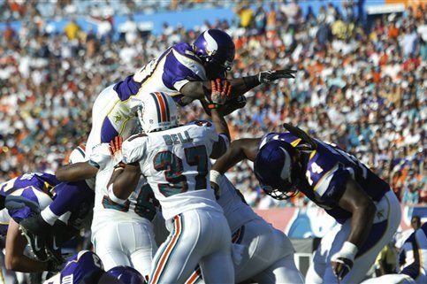 Vikings Vs Dolphins What Are Experts Saying About
