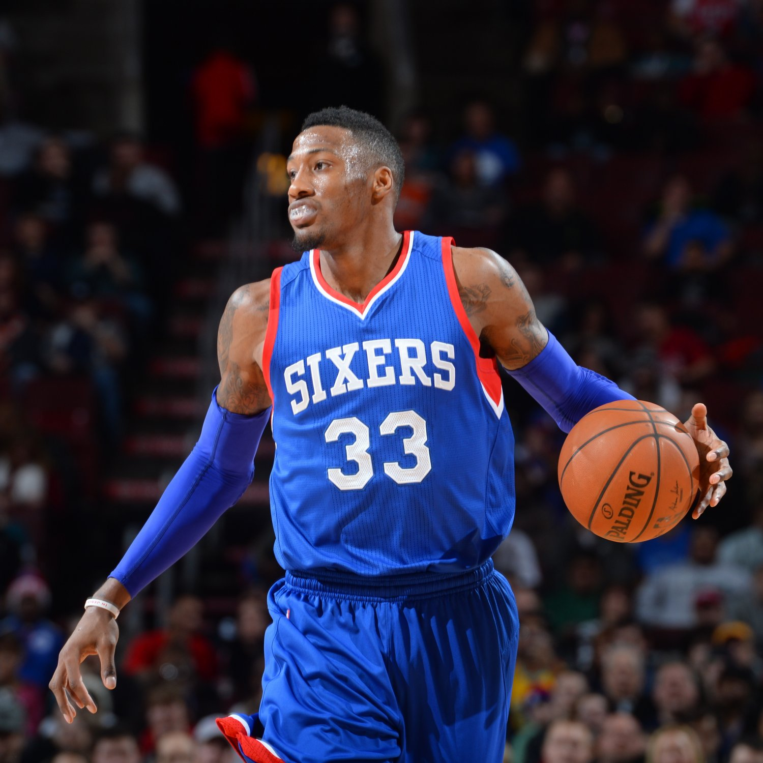 Meet robert covington the philadelphia 76ers 39 surprise for The covington