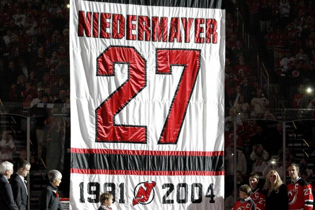 NHL: New Jersey Devils Honor Scott Niedermayer, Down Dallas Stars, 6-3