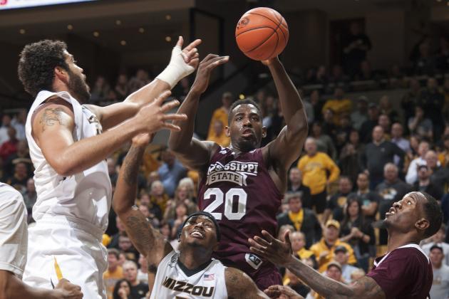 Mississippi State Men's Basketball Team Plane Makes Emergency Landing