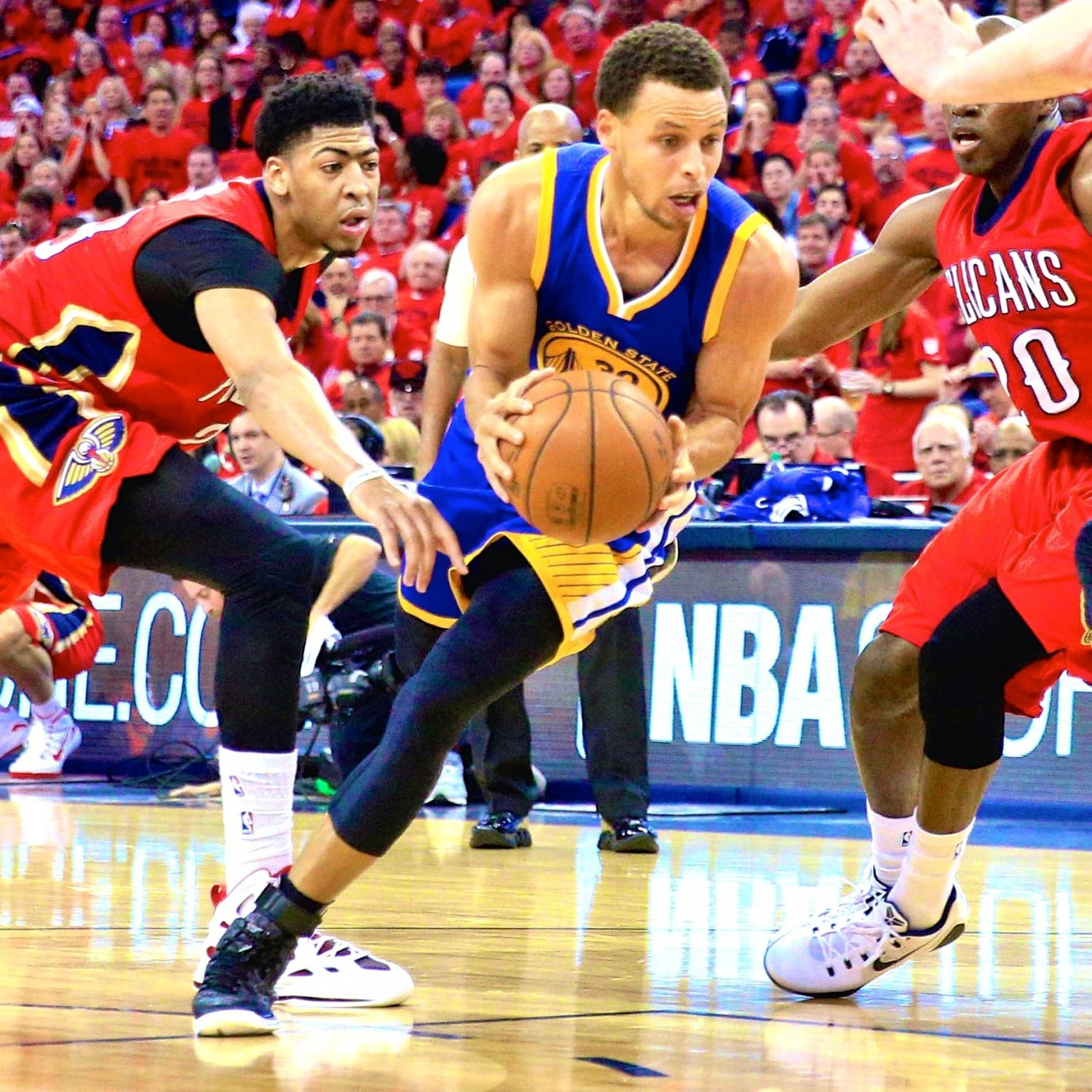 Golden State Warriors Vs. New Orleans Pelicans: Live Score