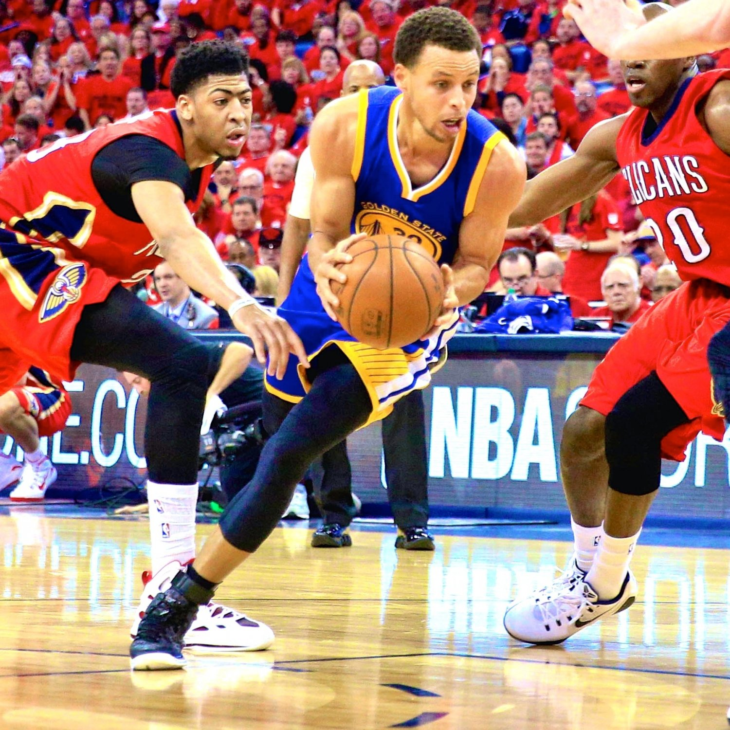 Rockets Vs Warriors Twitter Reaction: Warriors Vs. Pelicans: Game 3 Score And Twitter Reaction