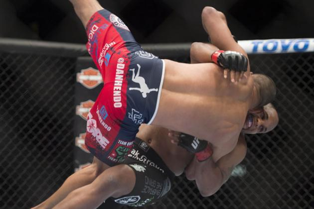 UFC 187: Besides Wrestling, What Makes Daniel Cormier So Dangerous?