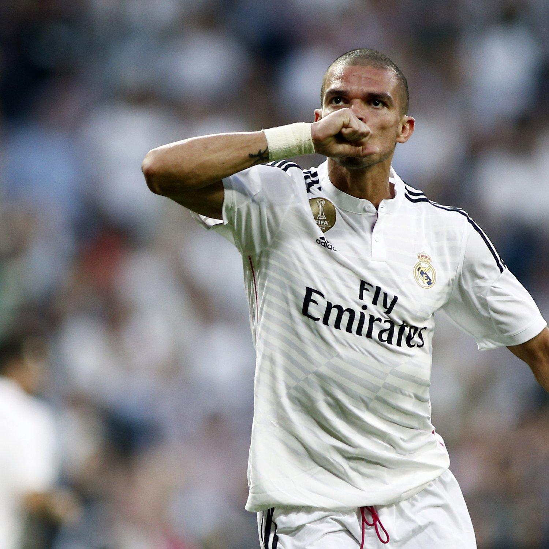 Manchester United Transfer Rumours Cavani Llorente: Manchester United Transfer News: Latest On Pepe And Karim