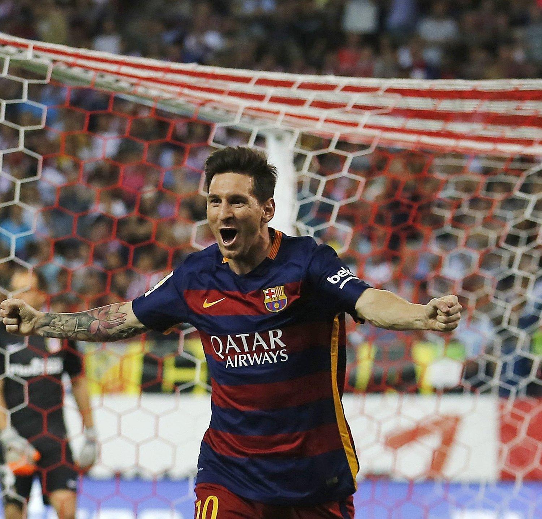 Manchester United Transfer Rumours Cavani Llorente: Manchester United Transfer News: Lionel Messi Rumours