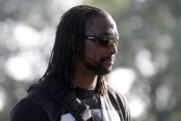 Charles Tillman Injury: Updates on Panthers CB's Knee and Return