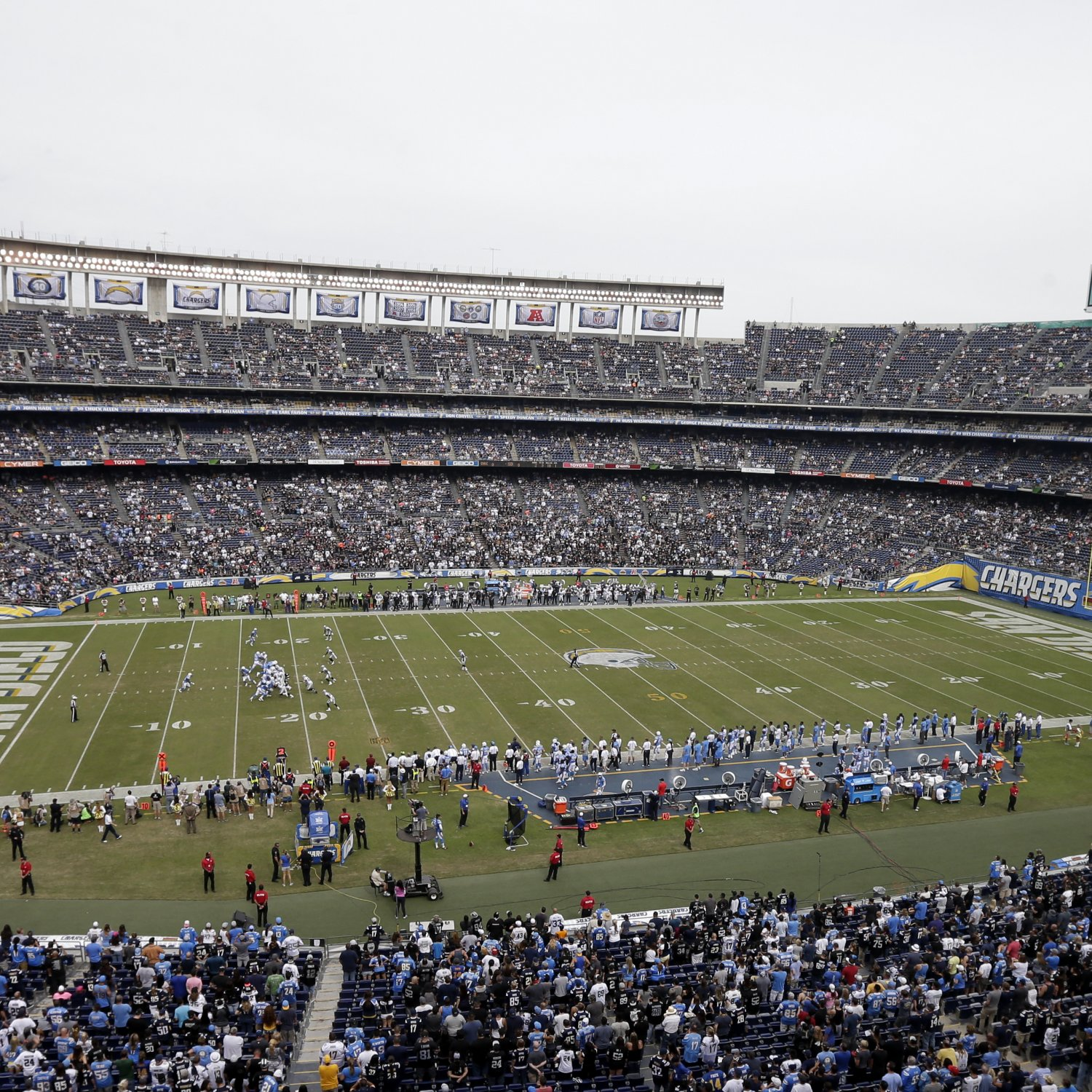 San Diego Chargers Arena: Fans Allegedly Denied Entry Temporarily To Qualcomm