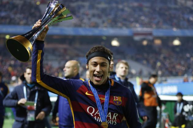 Neymar Beats Douglas Costa and Felipe Melo to Brazil's Samba Gold 2016 Award