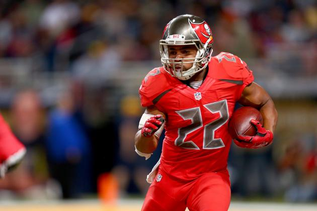 Doug Martin Re-Signs with Buccaneers: Contract Details, Comments and Reaction