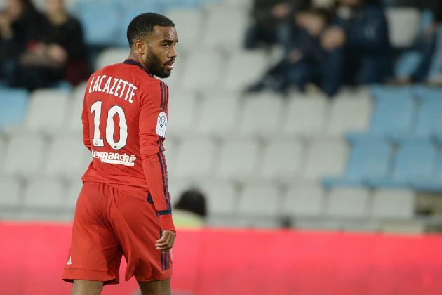 Alexandre Lacazette Transfer Rumours: Latest News, Speculation on Lyon Striker