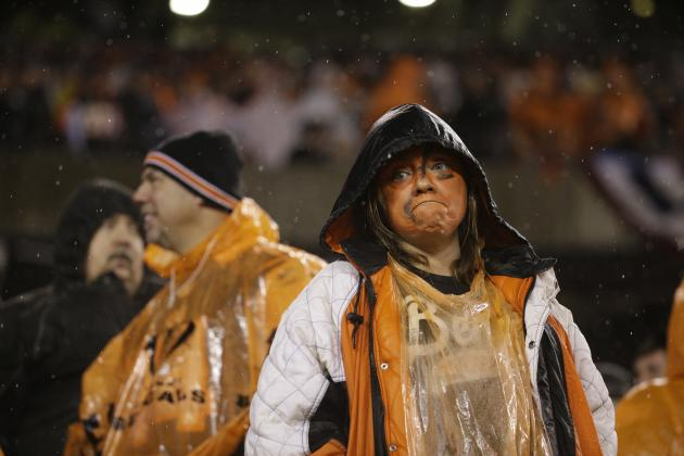 Multiple Fans Arrested During Steelers vs. Bengals 2015 AFC Wild-Card Matchup