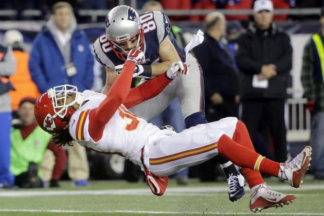 Bill Belichick Comments on Danny Amendola's Hit on Chiefs' Jamell Fleming
