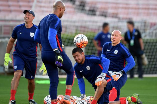 How Should USMNT Boss Jurgen Klinsmann Address the Goalkeeping Conundrum?