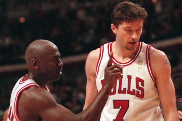 Toni Kukoc, Bill Wennington, More Former Bulls Comment on Warriors Comparisons
