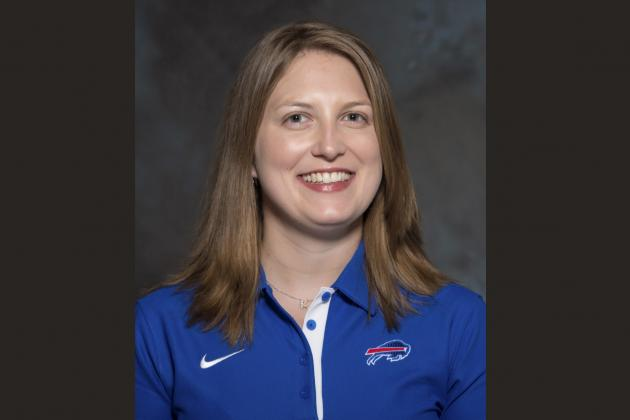 Kathryn Smith Comments on Becoming 1st Female Full-Time Coach in NFL History