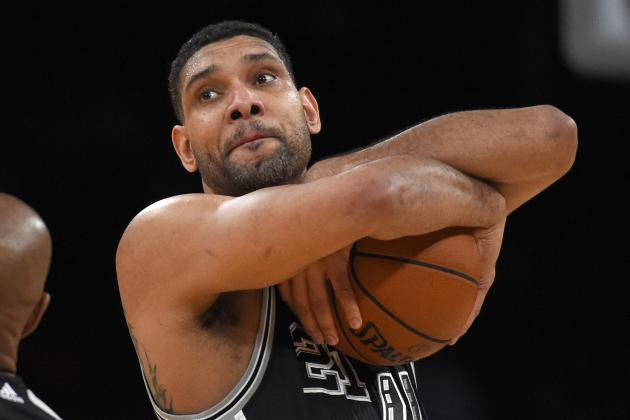 Tim Duncan Injury: Updates on Spurs Star's Knee and Return