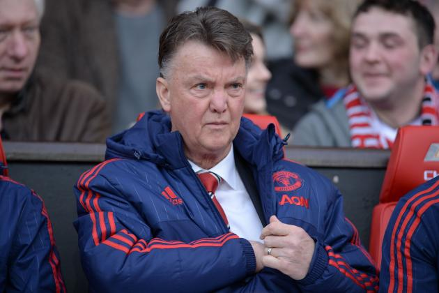 UK Back Pages: Louis van Gaal Refuses to Step Down at Manchester United