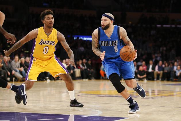 Deron Williams Injury: Updates on Mavericks PG's Abdomen and Return