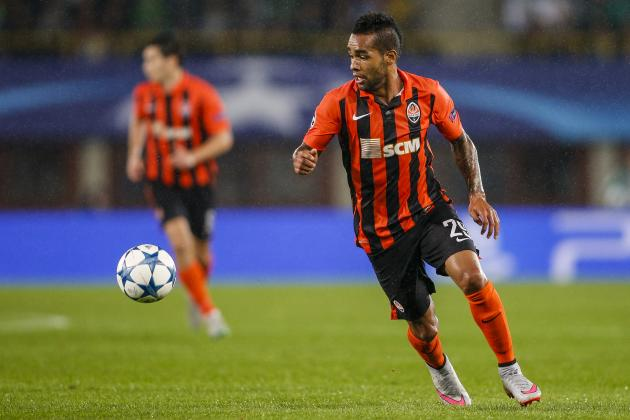 Liverpool Transfer News: Alex Teixeira Fee Readied by Guangzhou, Latest Rumours