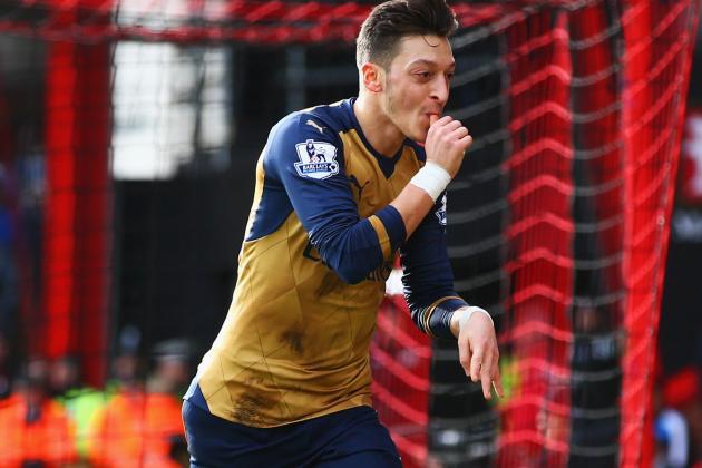 Arsenal Invite Fans to Copy Mesut Ozil's Celebration, People Take the Mick