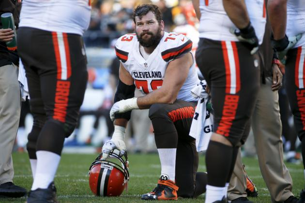 Joe Thomas Comments on Johnny Manziel, Hue Jackson, Browns' Draft Plans