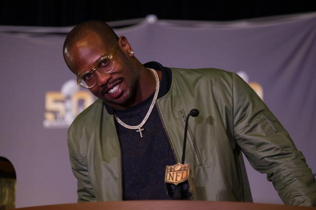 Von Miller Trolls Cam Newton on SNL's 'Weekend Update'