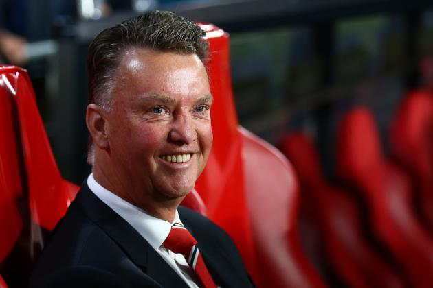 Travel Agent Offers Louis van Gaal Free Holiday When Sacked by Manchester United