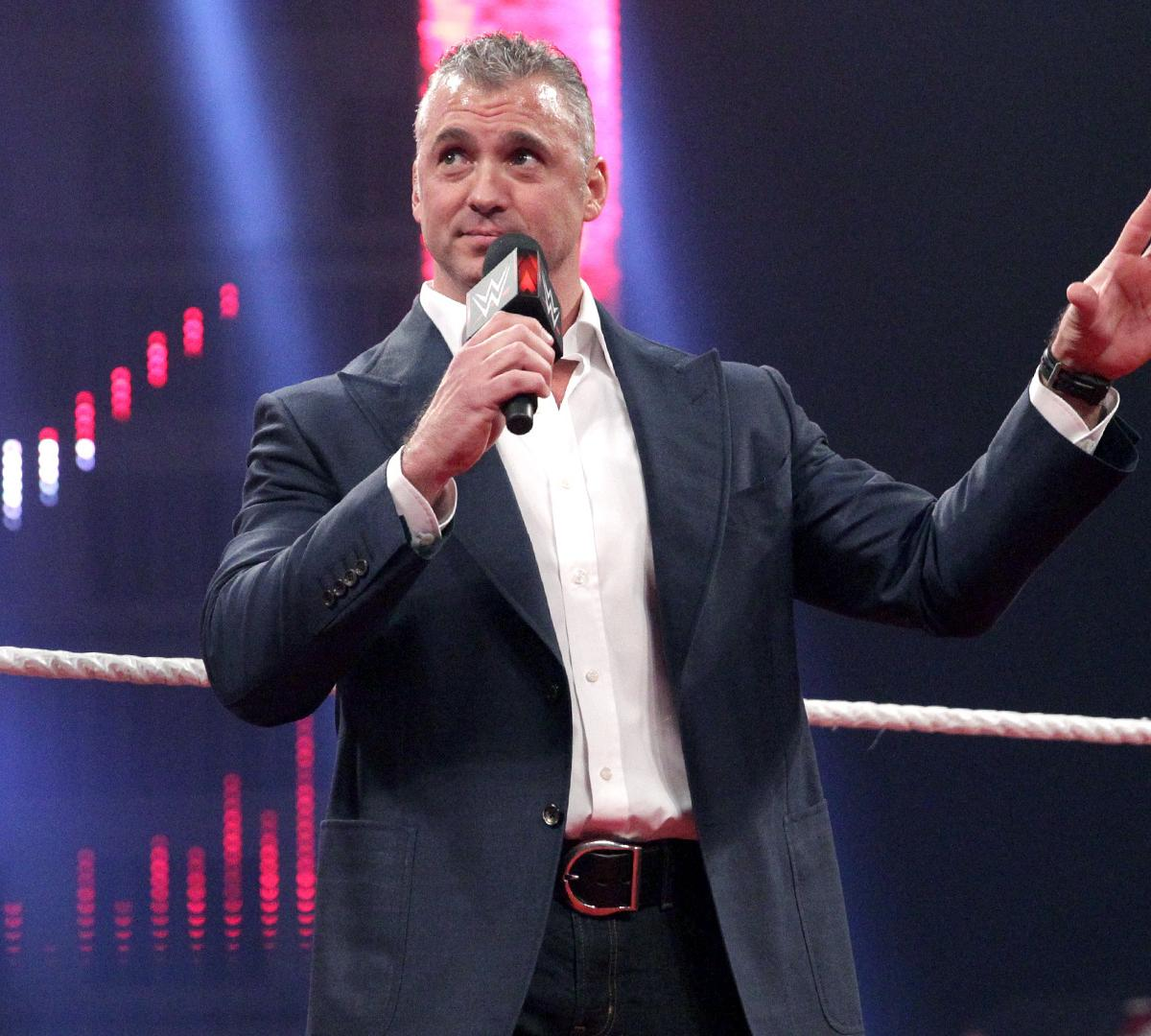 Pros And Cons Of Shane McMahon Vs. Undertaker At WWE