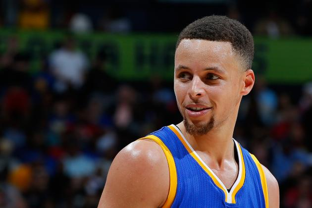 Stephen Curry Ties Record for Consecutive Regular-Season Games with 3-Pointer