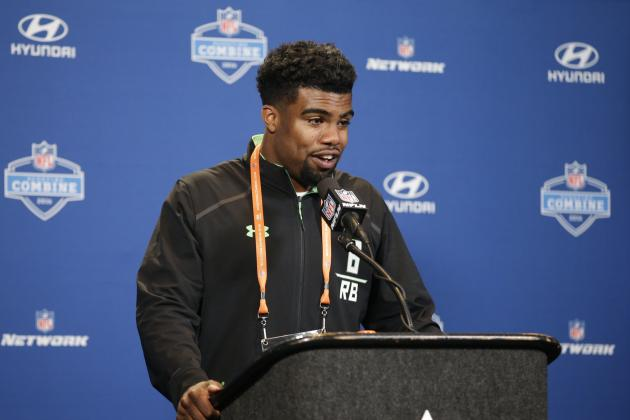 Ezekiel Elliott Comments on Versatility, Maturity and More