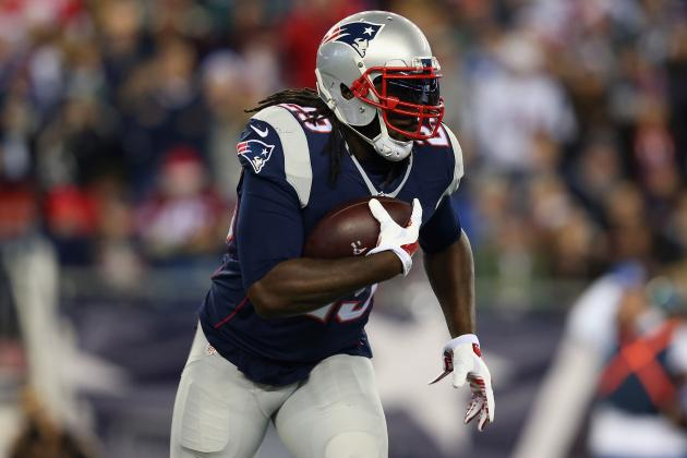 Re-Signing LeGarrette Blount Would Be Good Start to Patriots' Offseason RB Plan