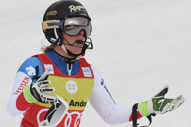 Lara Gut Comments on Lindsey Vonn's Knee Injury and Recovery