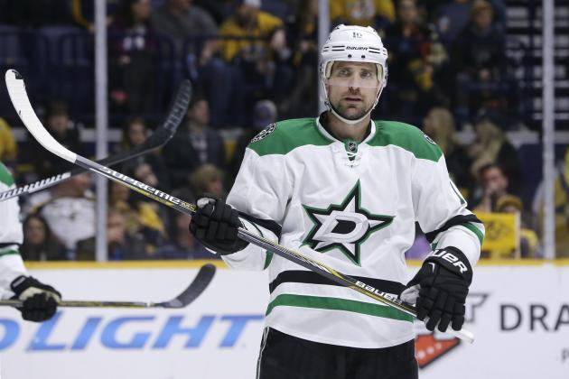 Patrick Sharp Injury: Updates on Stars LW's Lower Body and Return