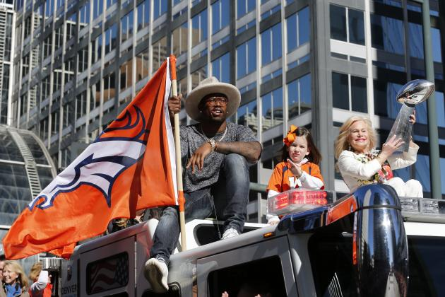 Von Miller Reportedly to Compete on 'Dancing with the Stars'