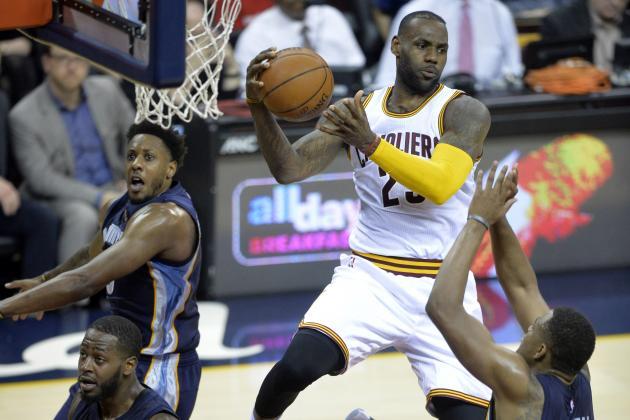 LeBron James Passes John Havlicek for 13th on NBA's All-Time Scoring List