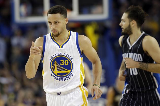 Stephen Curry Records 300th 3-Pointer of 2015-16 Season vs. Magic