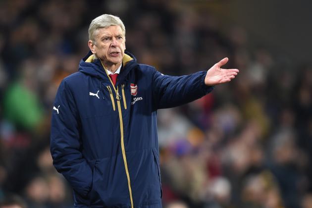 Arsene Wenger, Ian Wright Hit Back at Arsenal Fans' 'Goodbye' Banner