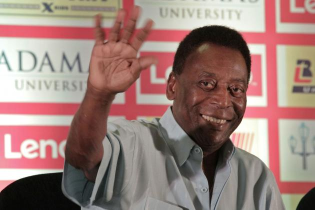 Pele Auctioning Off World Cup Medals, More Memorabilia