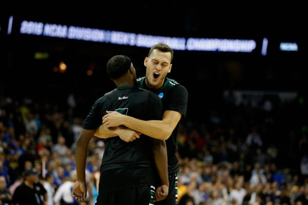 Hawaii Wins 1st-Ever NCAA Tournament Game: Celebration Highlights, Reaction