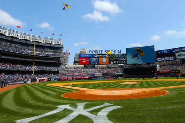 New York City Council Bans Smokeless Tobacco at Yankee Stadium, Citi Field