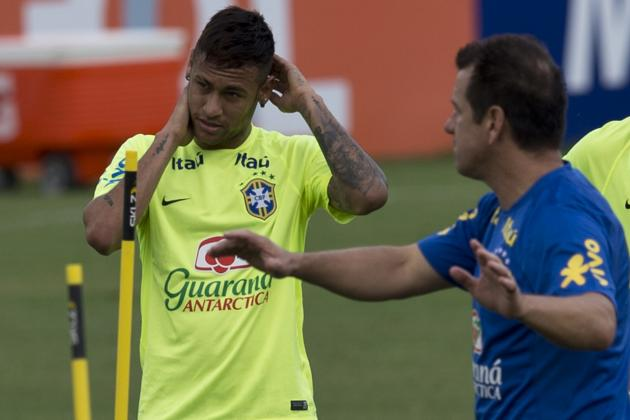 Neymar Injury Scare Reported Ahead of Brazil vs. Uruguay World Cup Qualifier