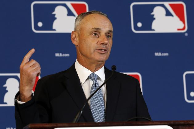 Violators of Tobacco Laws Will Face Discipline from MLB Commissioner
