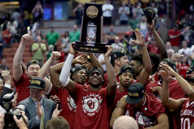 NCAA Tournament 2016: Saturday's Elite 8 Scores, Updated Bracket and Schedule