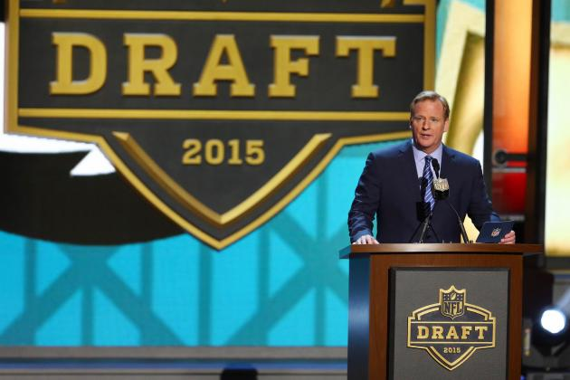 Making the Case for an Offensive Tackle as the N.Y. Giants' 1st-Round Draft Pick